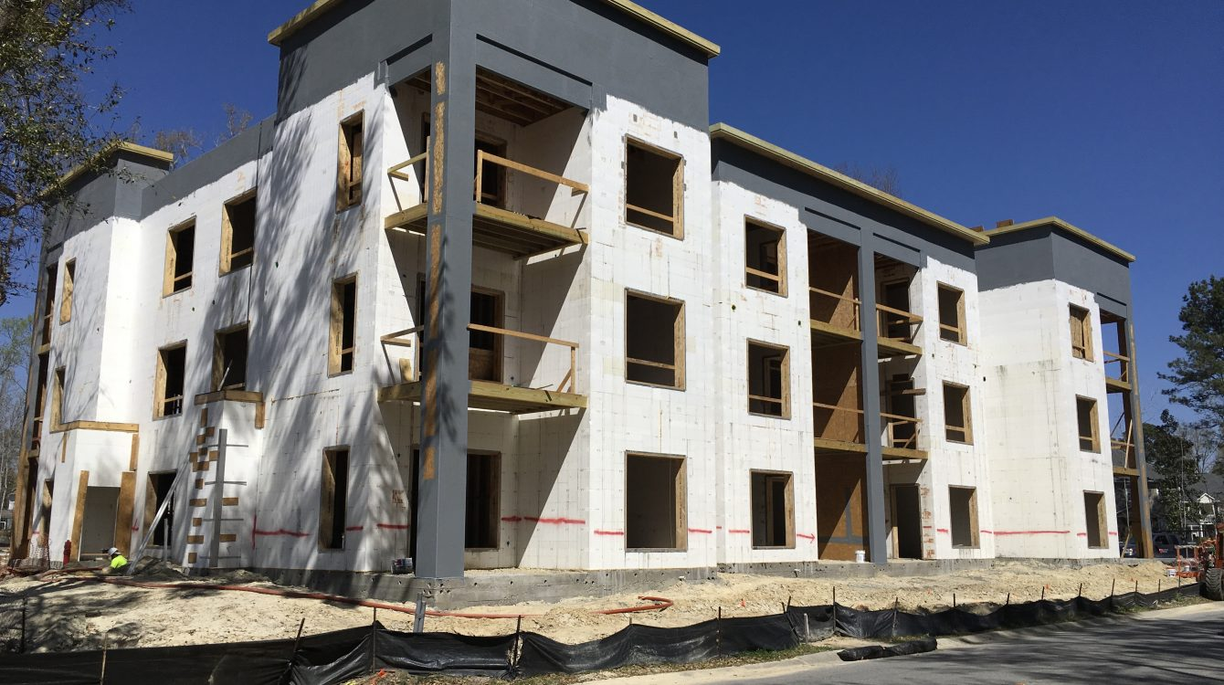 Build With Strength and CRMCA Tour Cutting-Edge Charleston Apartment Complex, 17 South, USA