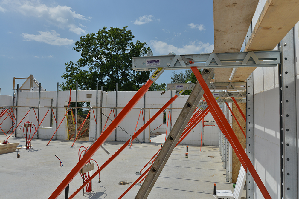 Icf Bracing Plumwall System For Easy Wall Alignment Amvic