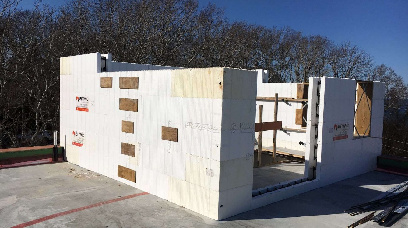ICF Home by Blue Green Building